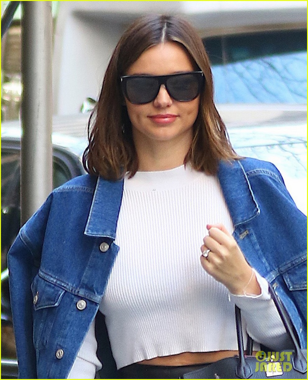 miranda kerr rocks leather pants as she leaves nyc in a helicopter 013865403