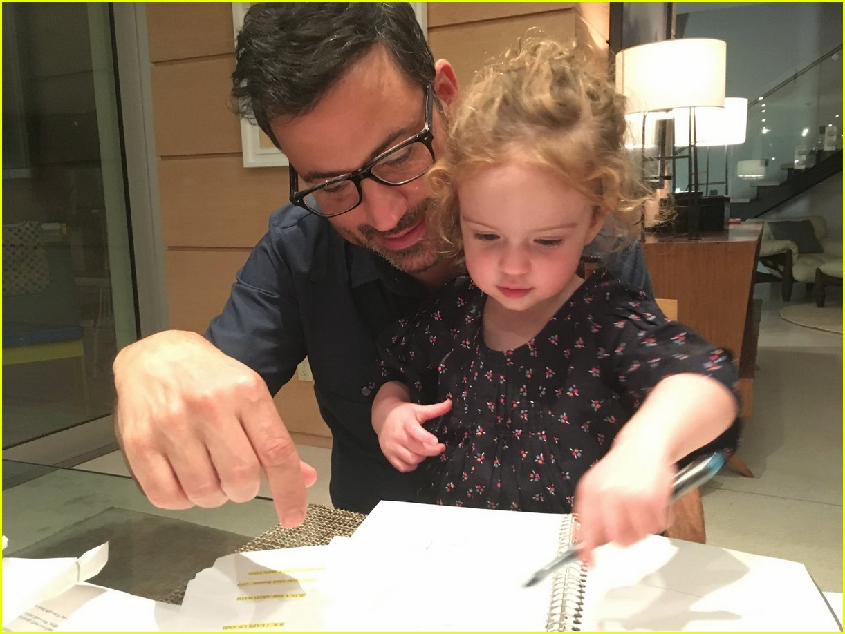 jimmy kimmel wife kids see cute family photos 053866342