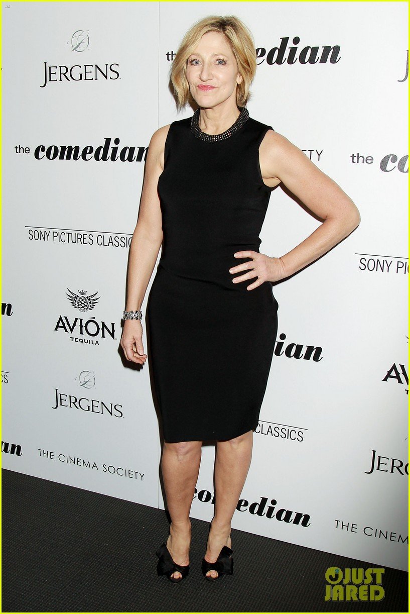 leslie mann doesnt think hubby judd apatow is funny 043851079