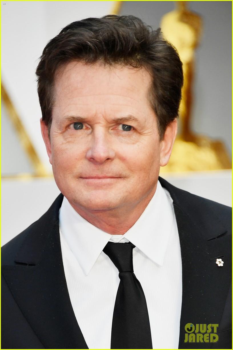 Michael J. Fox Looks Amazing on the Oscars 2017 Red Carpet ...
