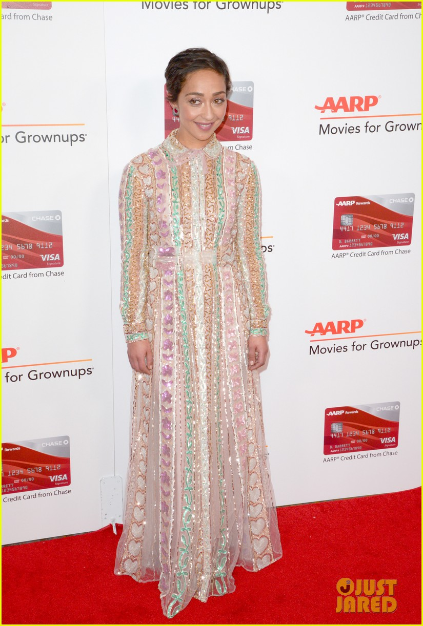 ruth neggas loving isabelle hupperts elle win big at aarps movies for grownups awards 103854689
