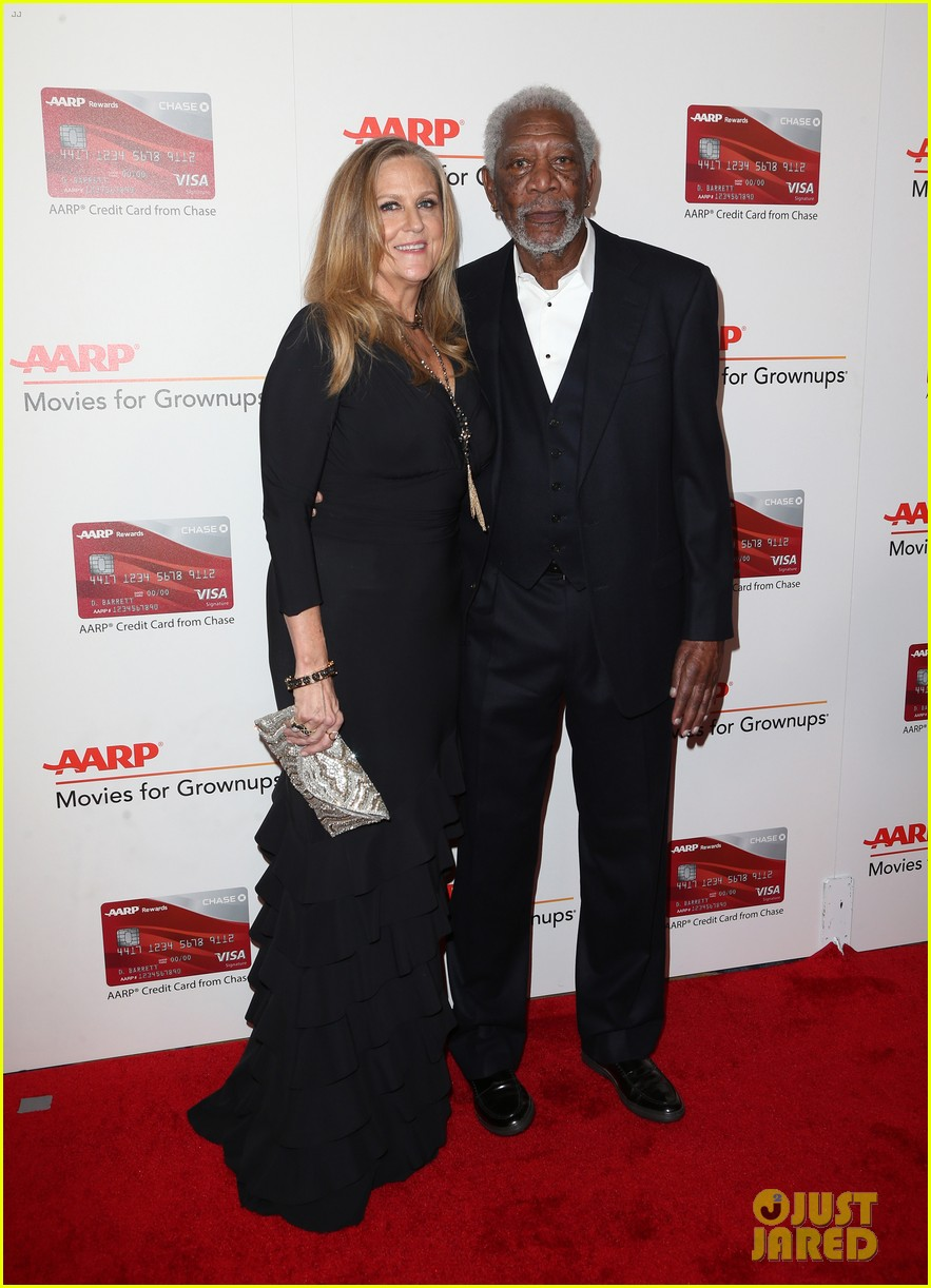 ruth neggas loving isabelle hupperts elle win big at aarps movies for grownups awards 133854692