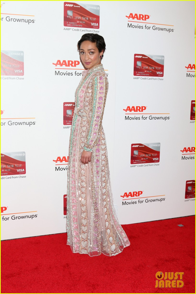 ruth neggas loving isabelle hupperts elle win big at aarps movies for grownups awards 223854701