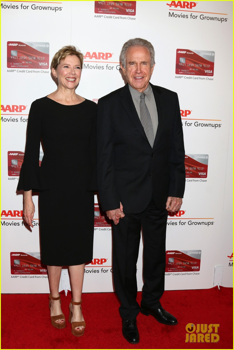ruth neggas loving isabelle hupperts elle win big at aarps movies for grownups awards 273854706