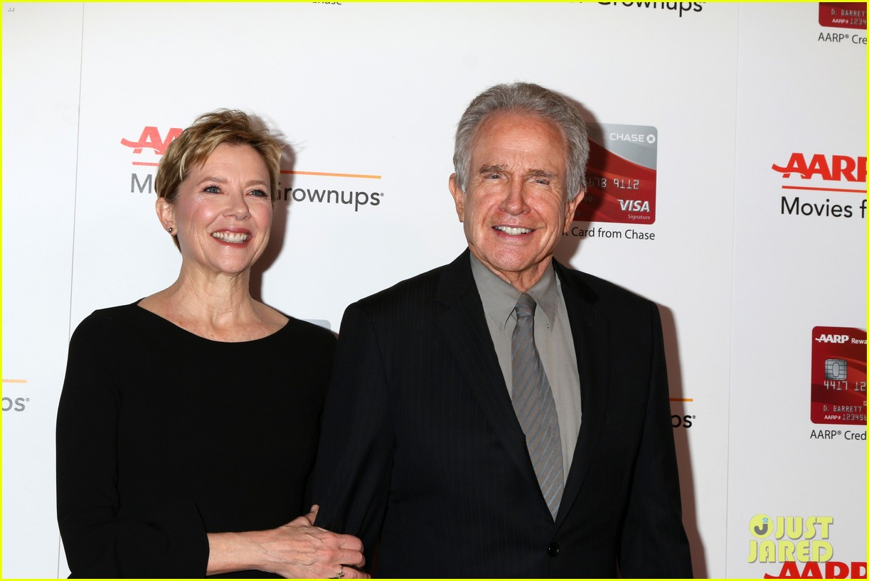 ruth neggas loving isabelle hupperts elle win big at aarps movies for grownups awards 283854707