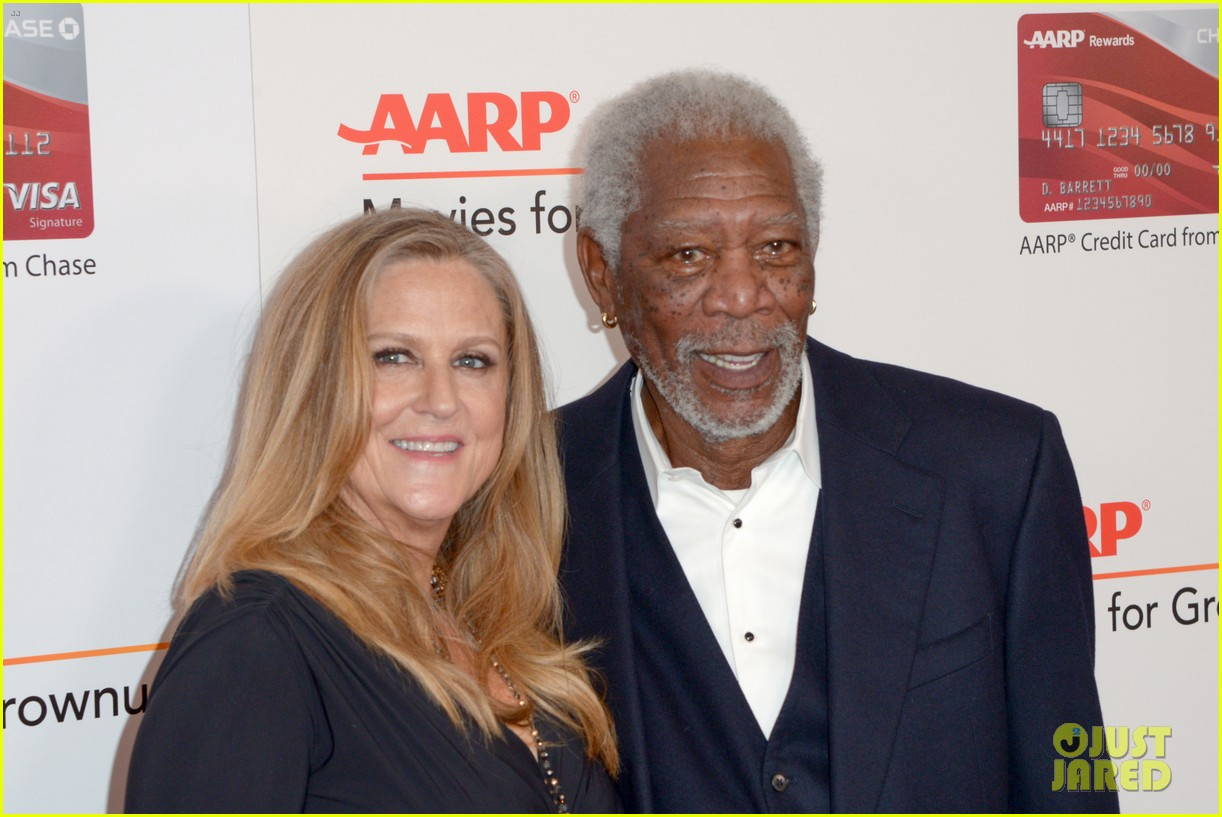 ruth neggas loving isabelle hupperts elle win big at aarps movies for grownups awards 333854712