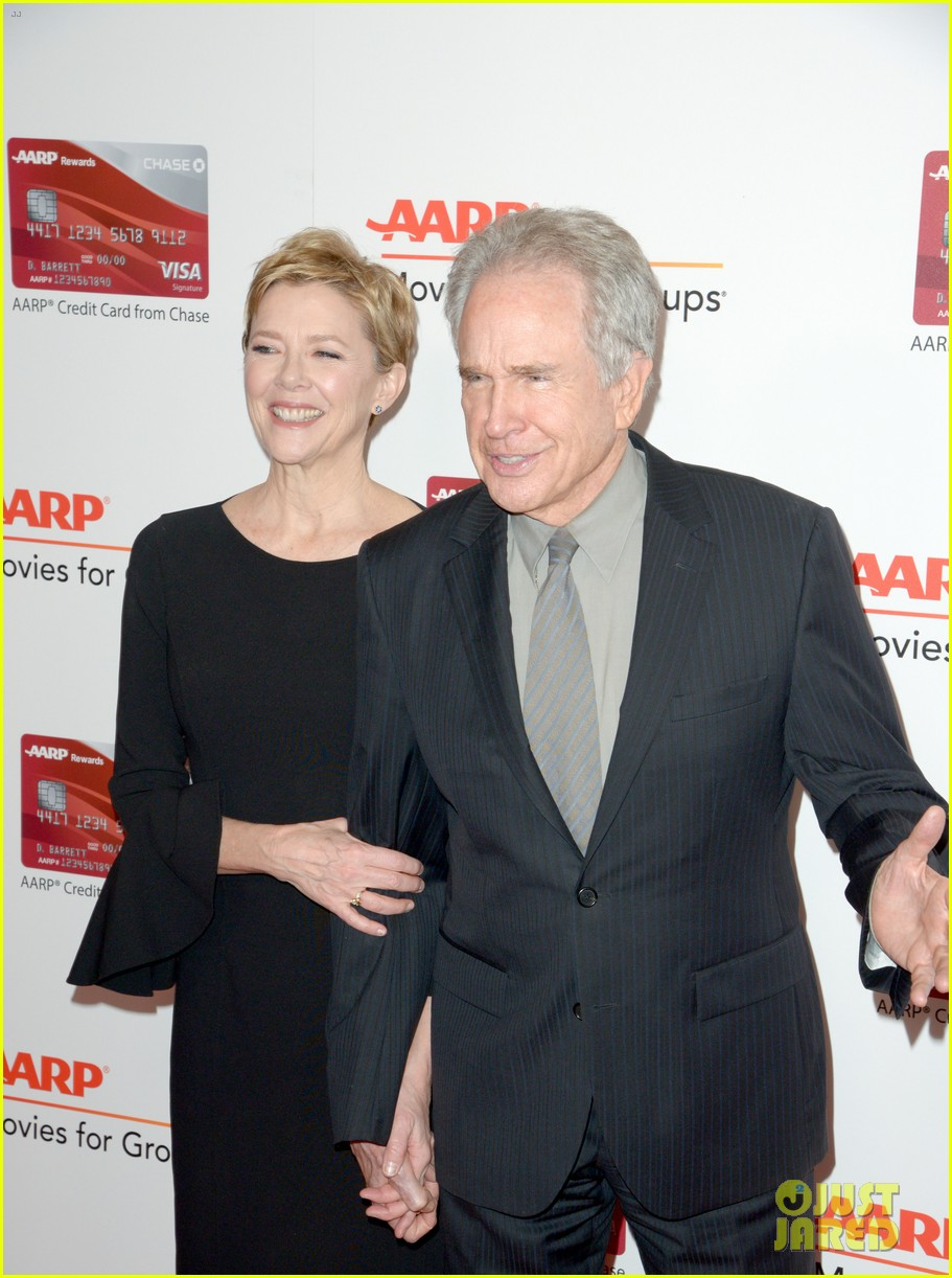 ruth neggas loving isabelle hupperts elle win big at aarps movies for grownups awards 403854719