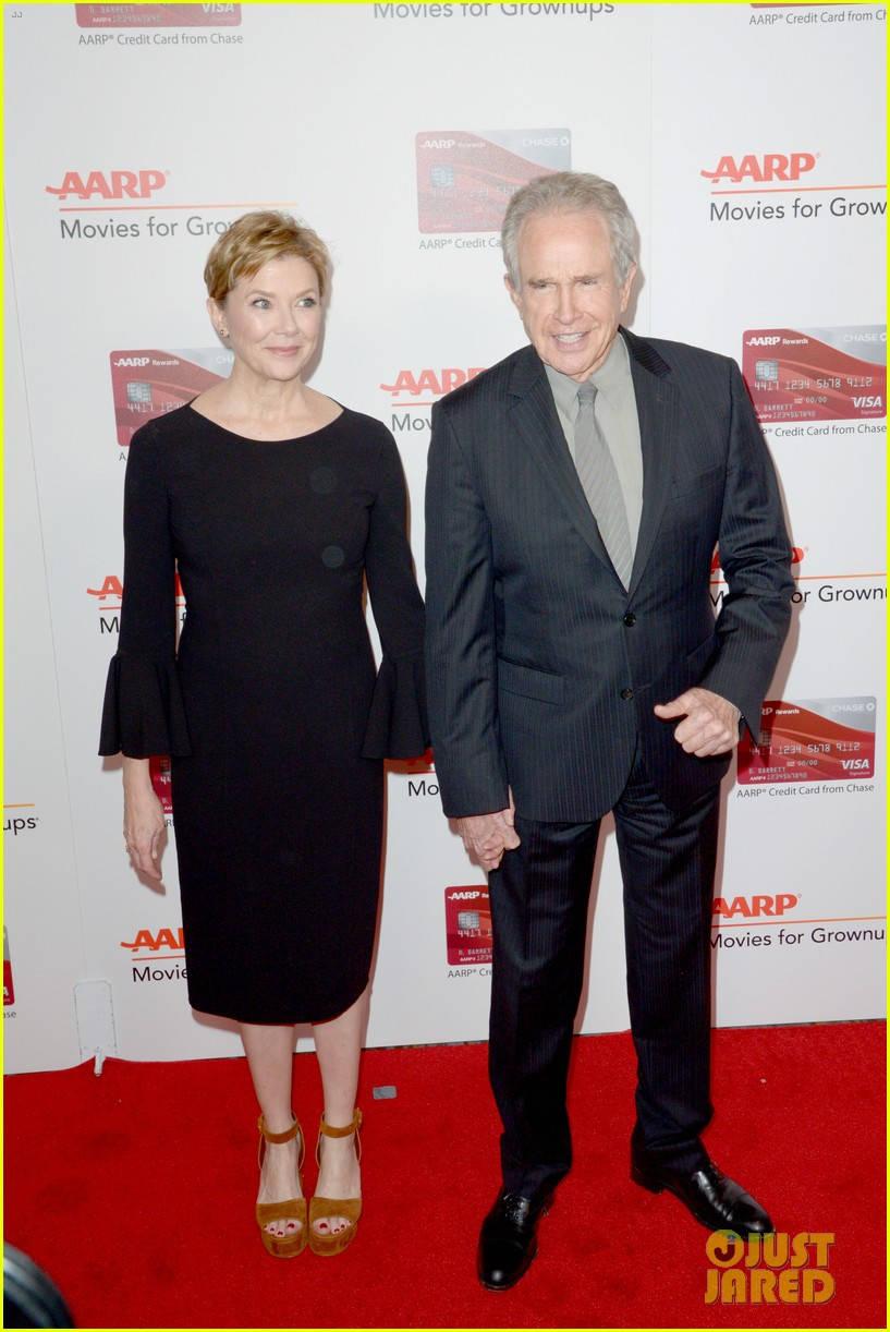 ruth neggas loving isabelle hupperts elle win big at aarps movies for grownups awards 433854722