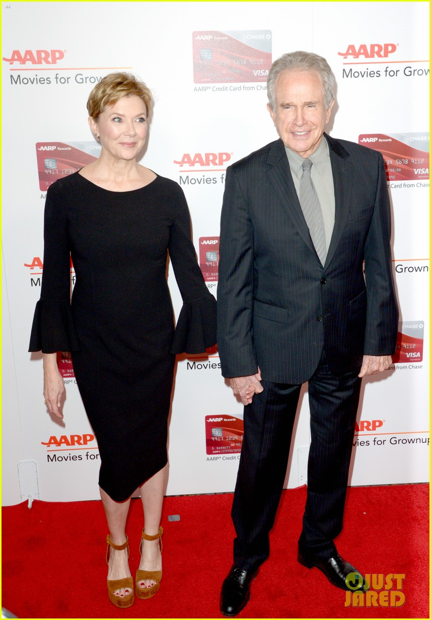 ruth neggas loving isabelle hupperts elle win big at aarps movies for grownups awards 443854723