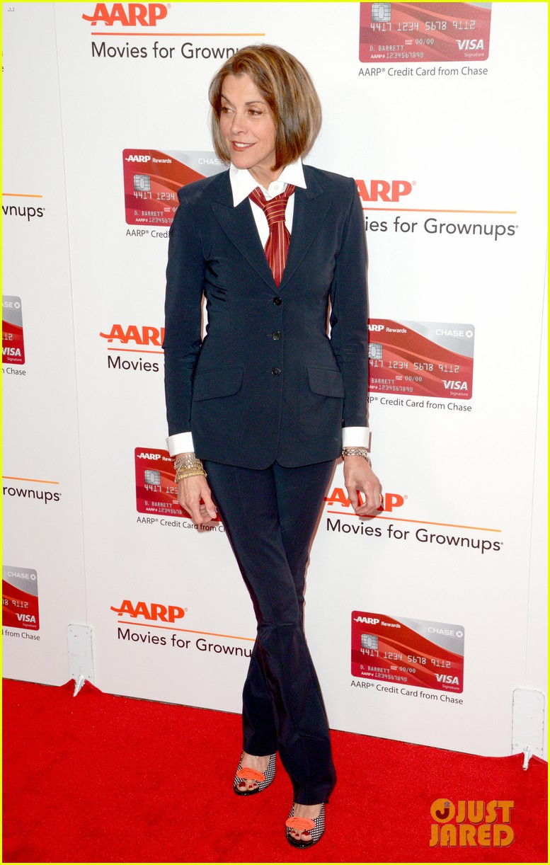 ruth neggas loving isabelle hupperts elle win big at aarps movies for grownups awards 463854725