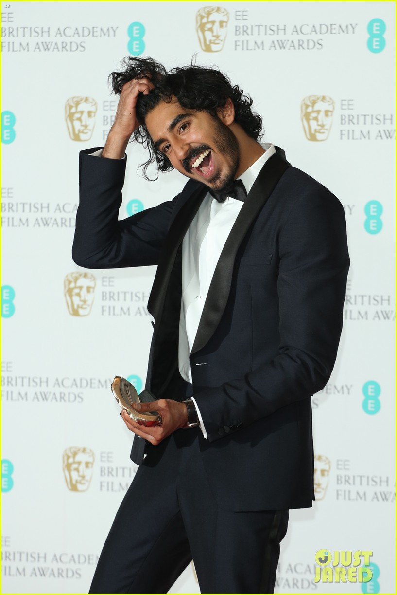 dev patel wins best supporting actor baftas 2017 013857930