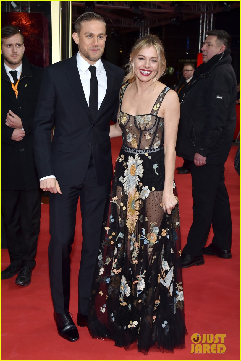 robert pattinson charlie hunnam sienna miller lost city of z berlin premiere 073860117