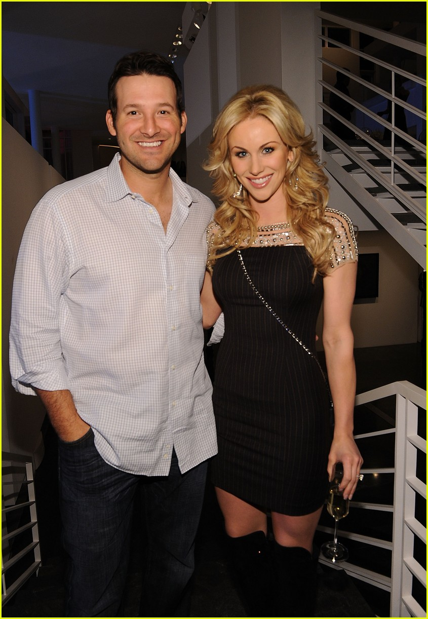Tony Romo S Wife Candice Pregnant With Third Child Photo