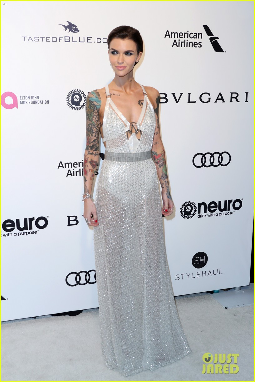 ruby rose reunites with orange is the new black co stars at elton johns oscars 063867537