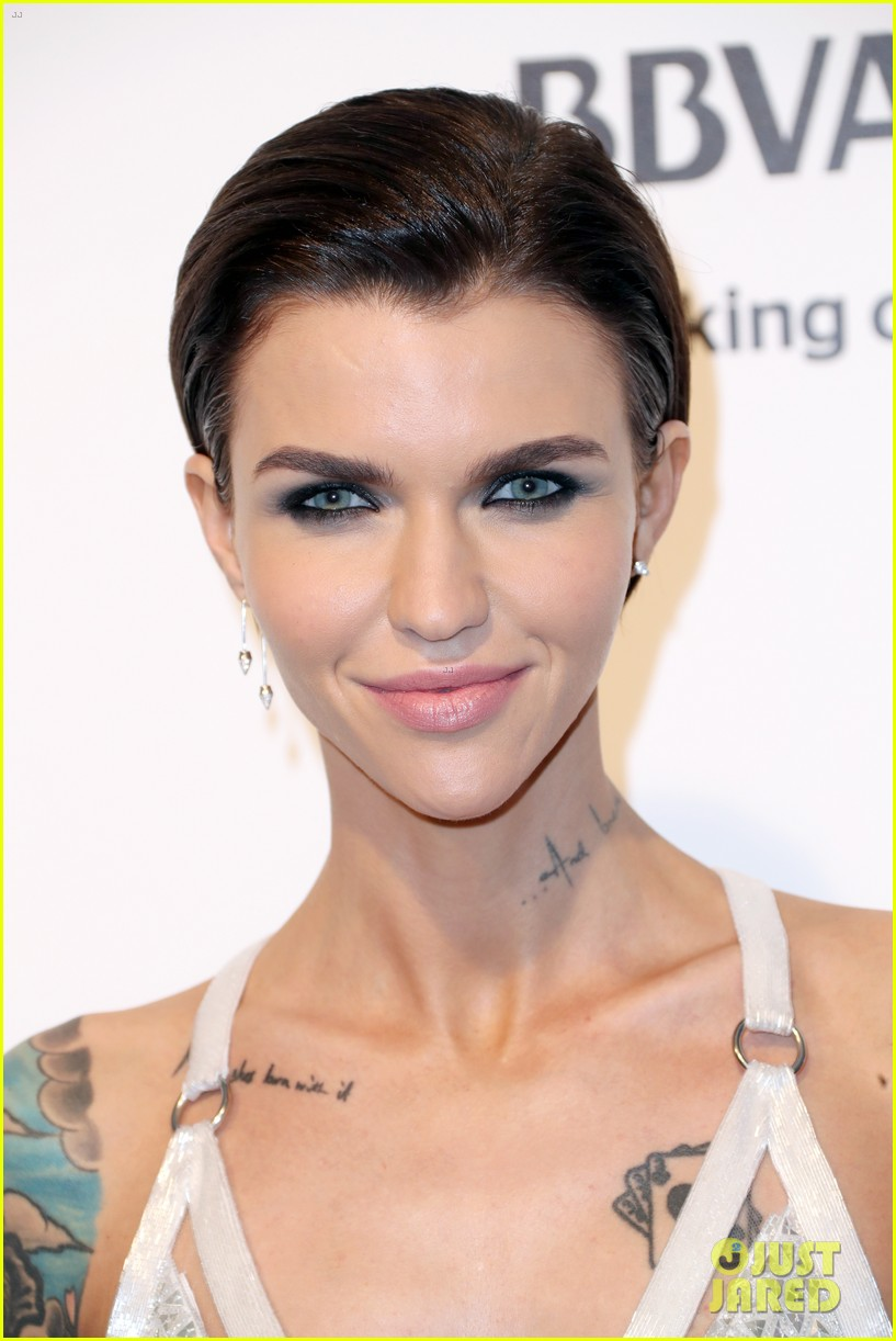 ruby rose reunites with orange is the new black co stars at elton johns oscars 203867551