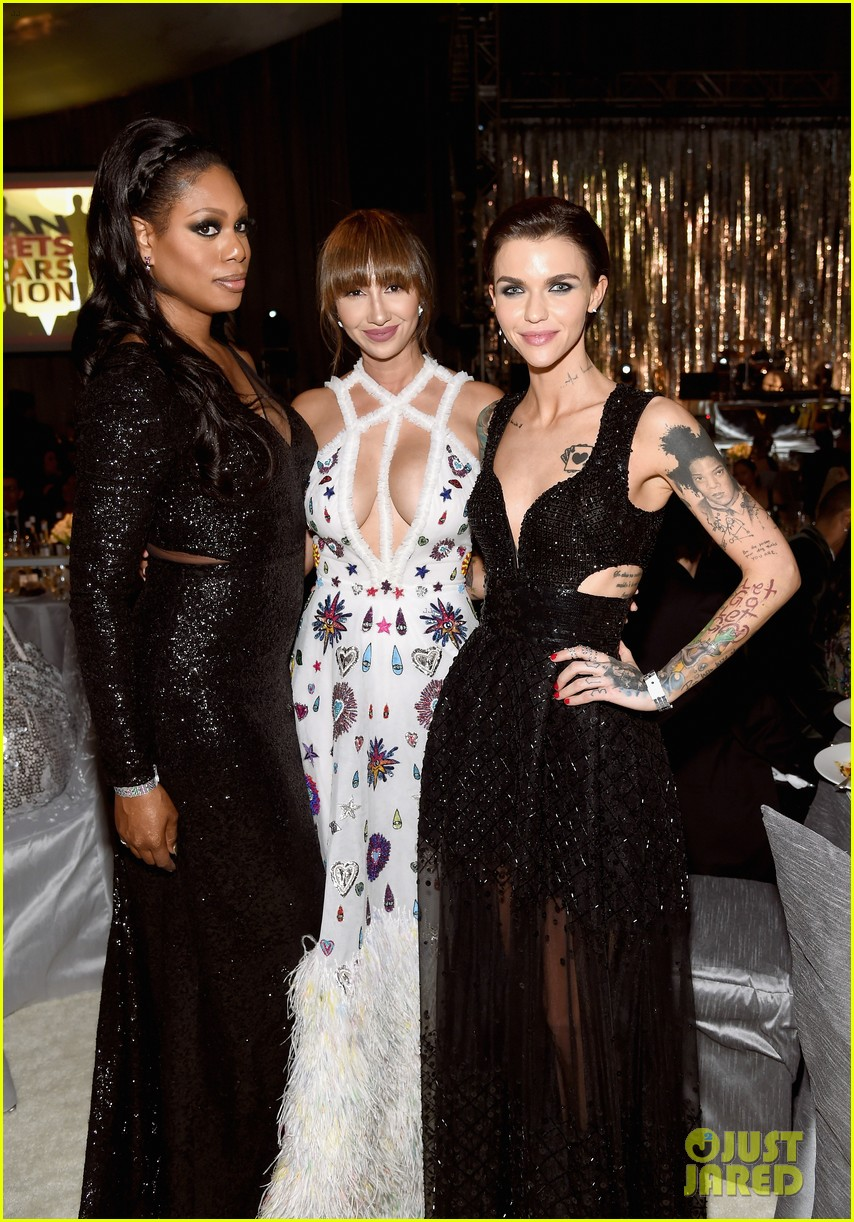 ruby rose reunites with orange is the new black co stars at elton johns oscars 213867552