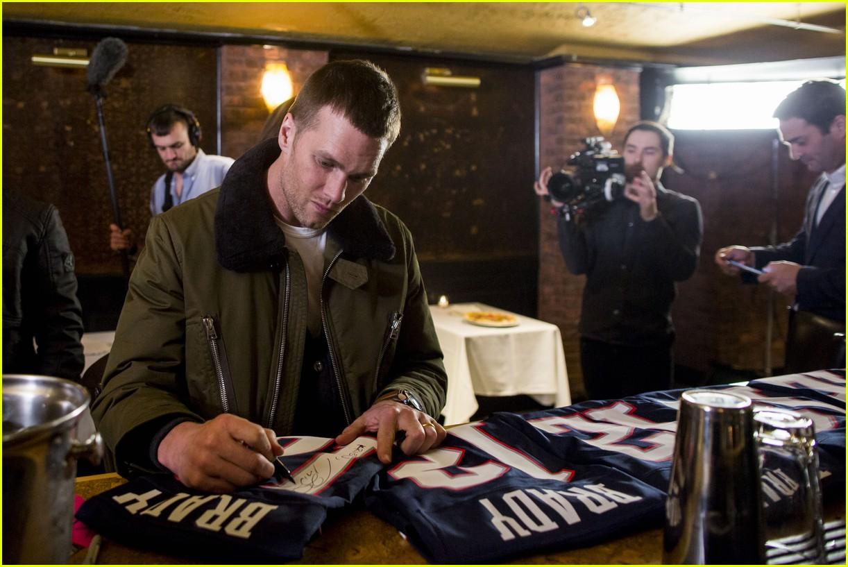 tom brady living legend boston 083855620