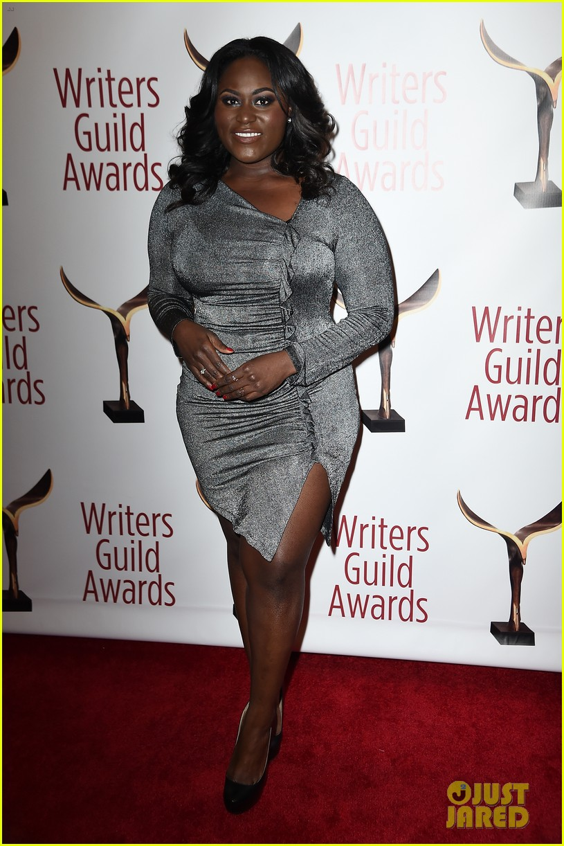 Kerry Washington Goes Sexy in Black at the Writers Guild Awards