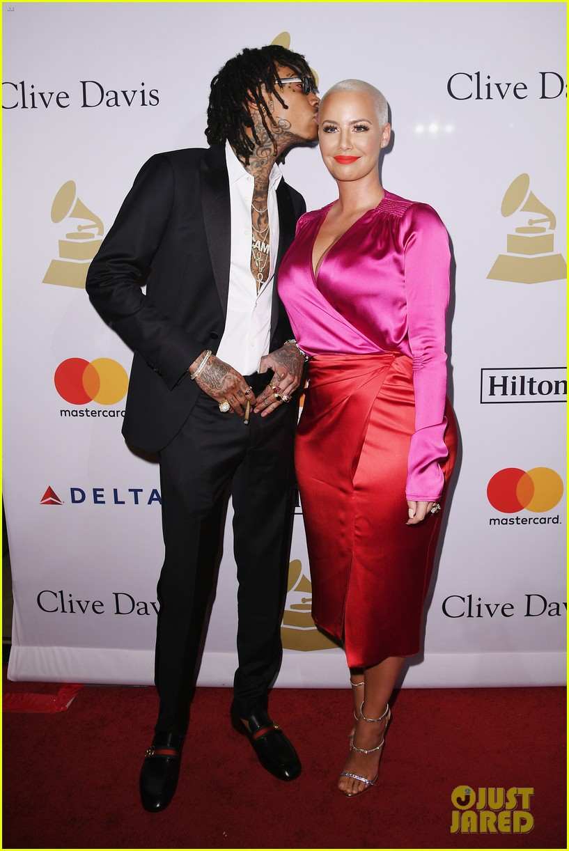 wiz amber couple up at pre grammy party 013857664