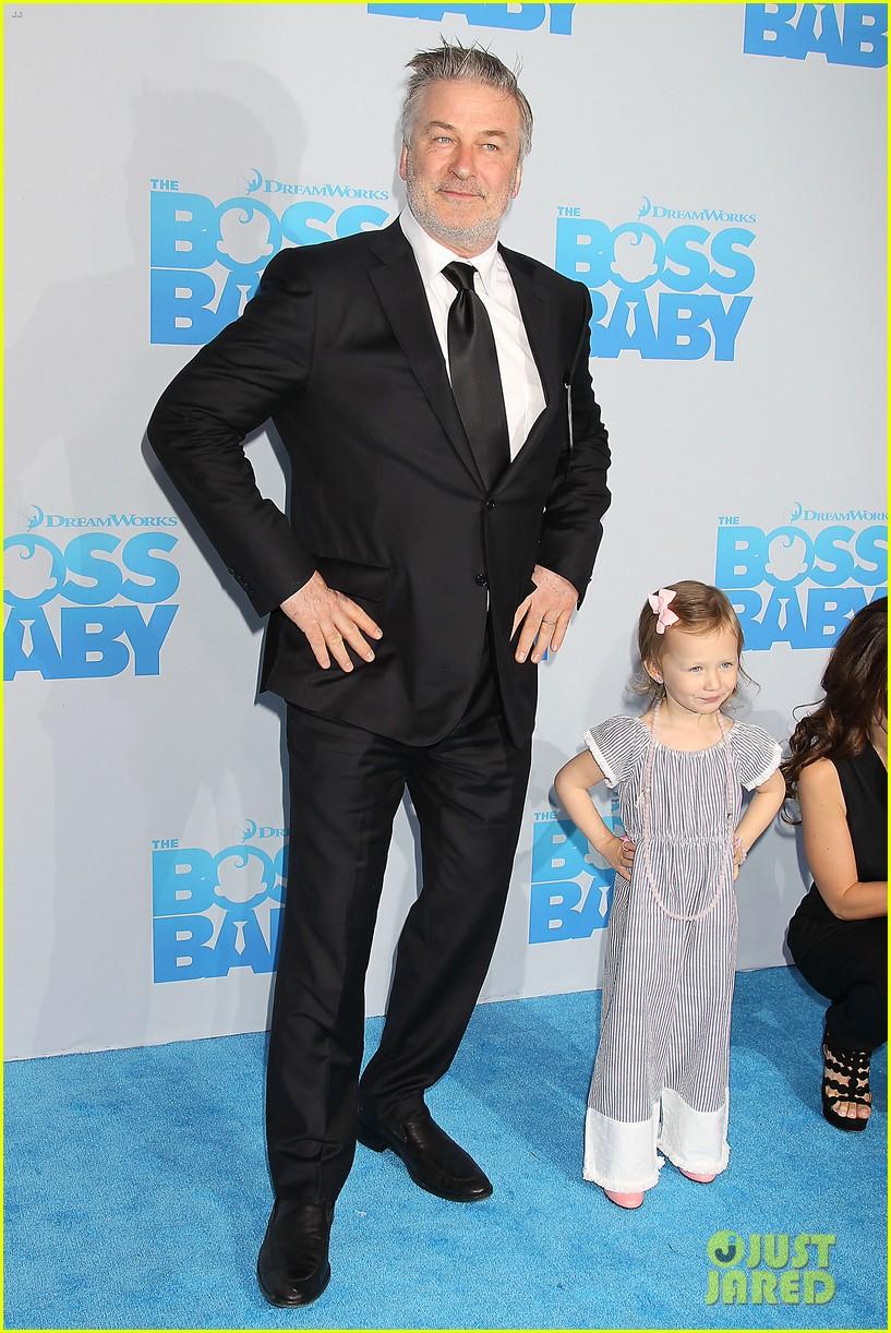alec baldwin brings the family to baby boss premiere 05 Alec Baldwin
