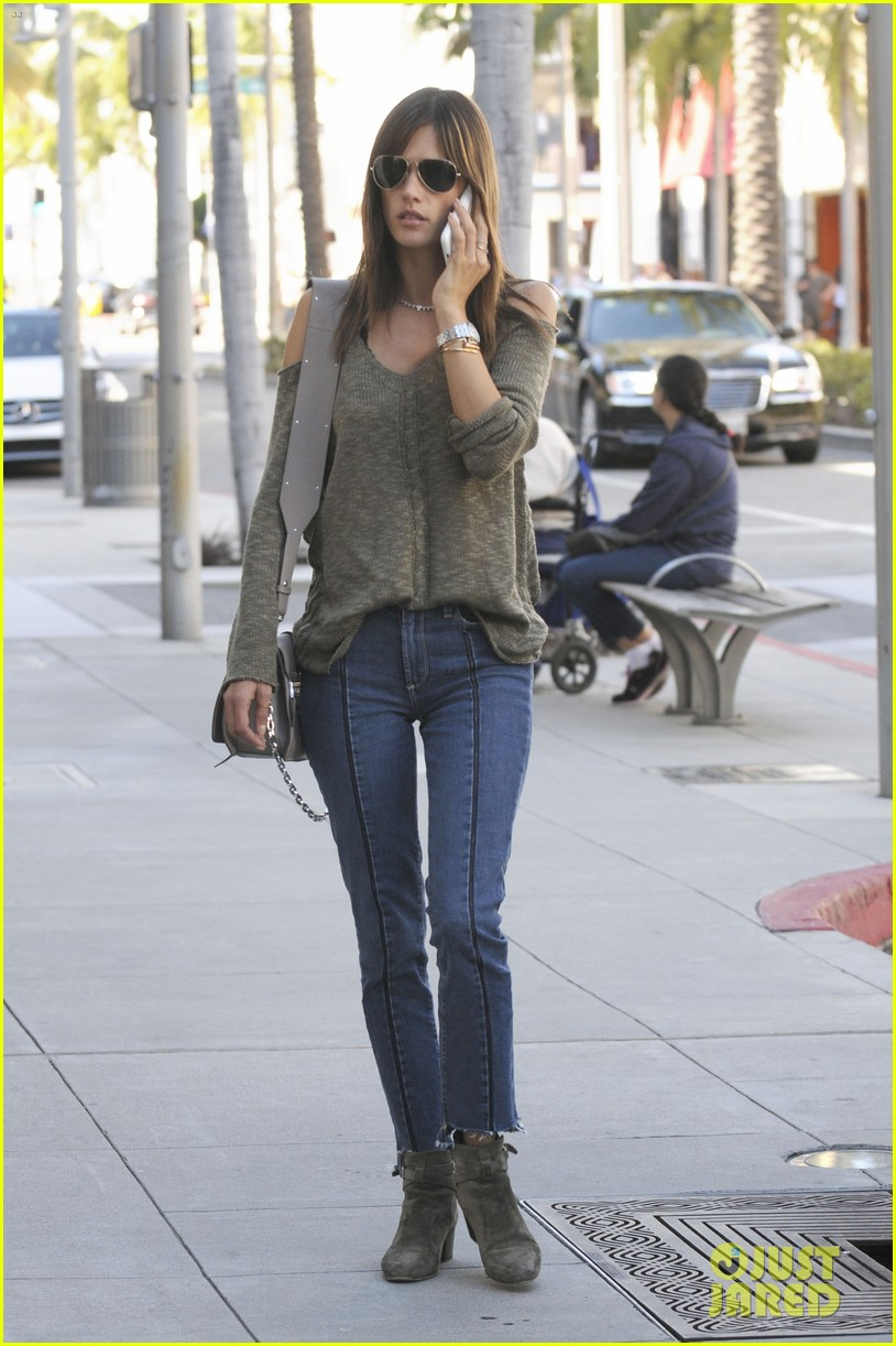 alessandra ambrosio enjoys an afternoon of shopping 013868880