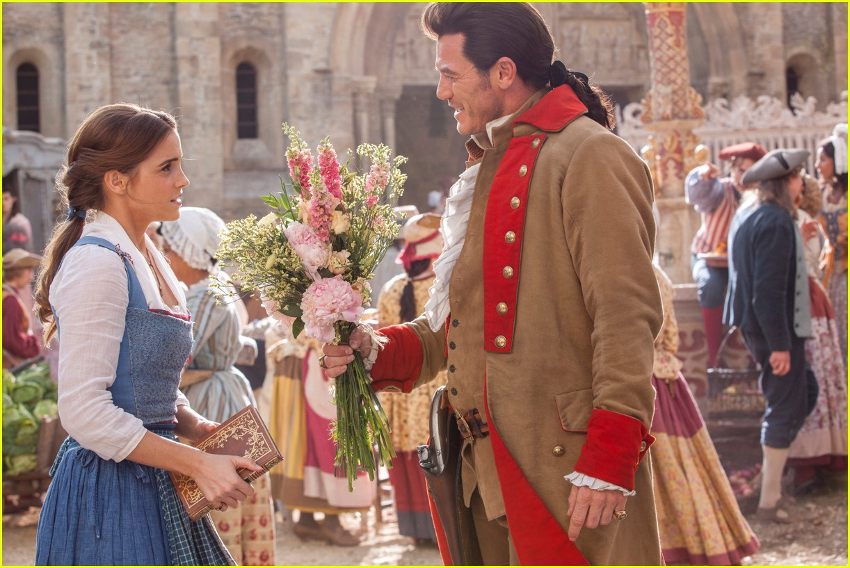 beauty and the beast stills 013870513