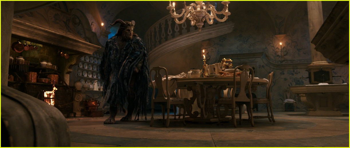beauty and the beast stills 093870521