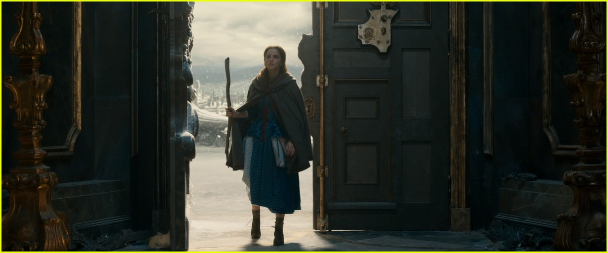 beauty and the beast stills 153870527