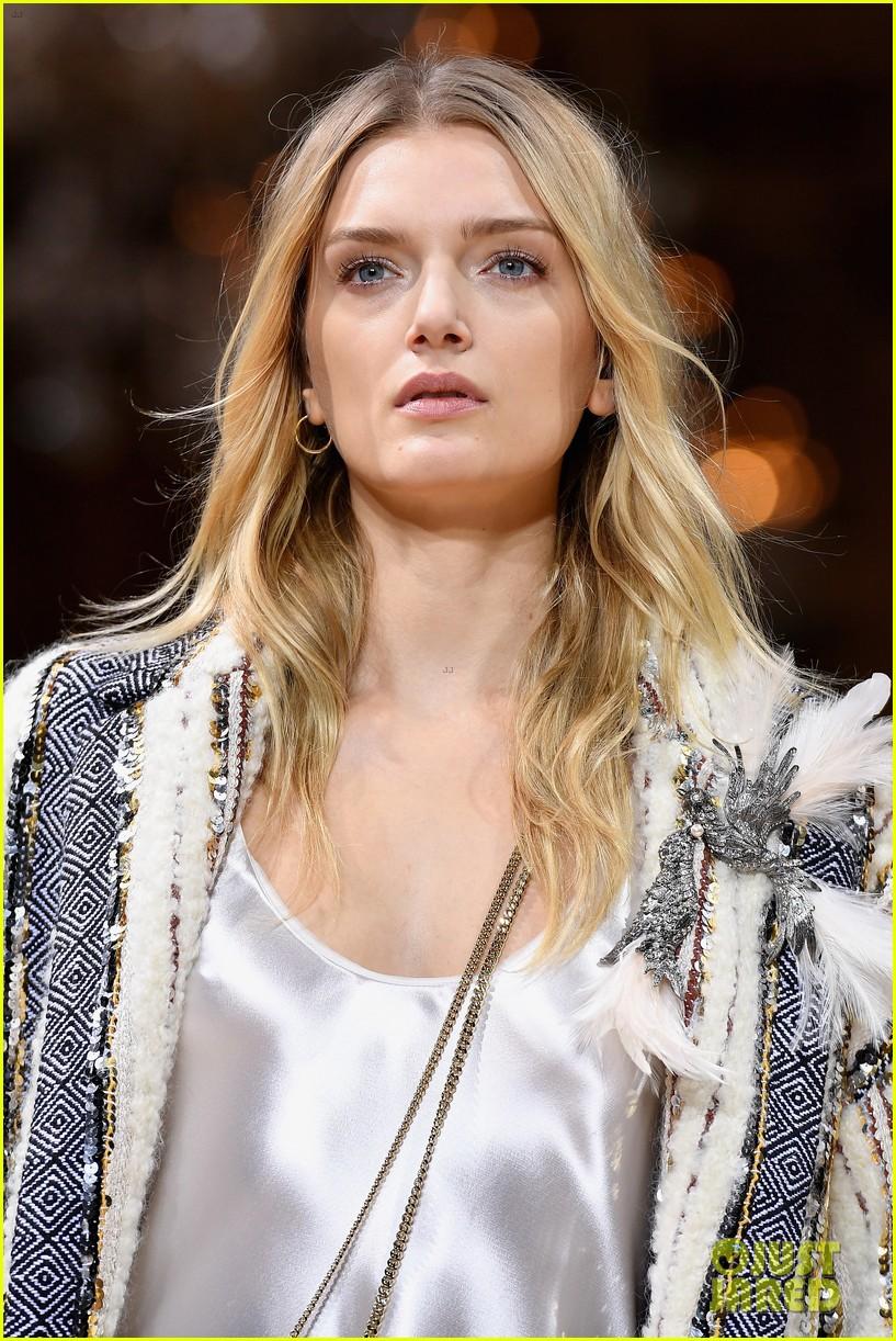 bella joan suit up for lanvin paris fashion show 043868794