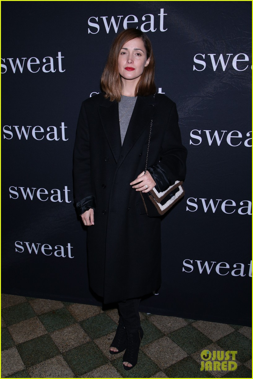 rose byrne sandra oh have broadway night at sweat opening 033878801