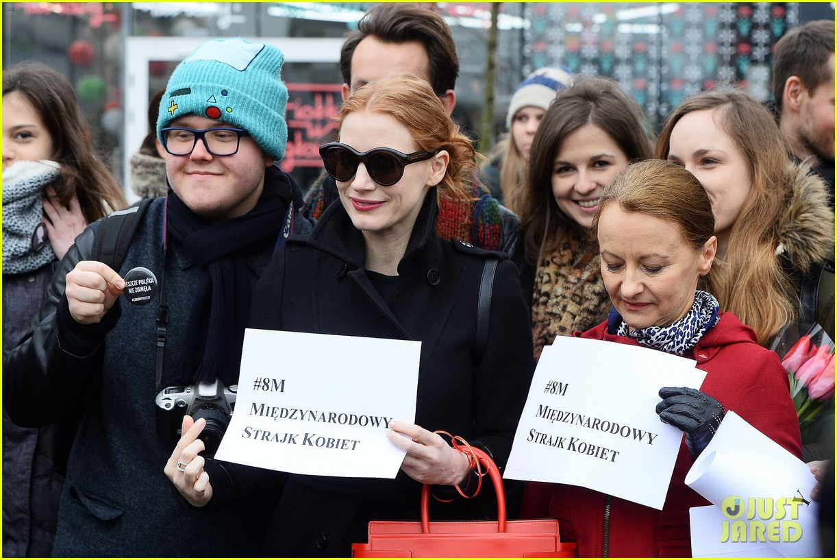 jessica chastain attends iwd march 023871707