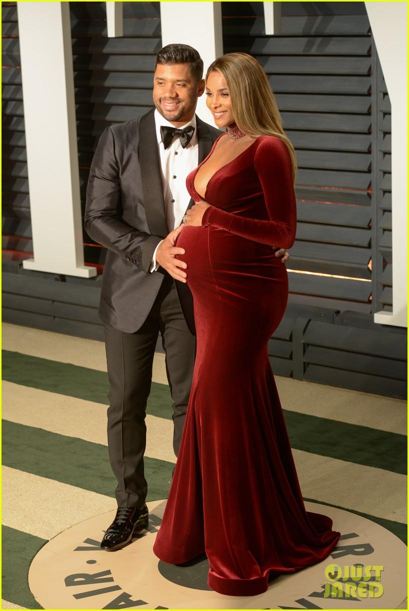 0b35d050622f Ciara Shows Off Baby Bump in Calvin Klein Underwear: Photo 3875842 ...