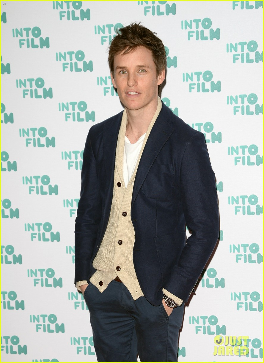 daniel craig eddie redmayne celebrate young filmmakers at into film awards 2017 023873713