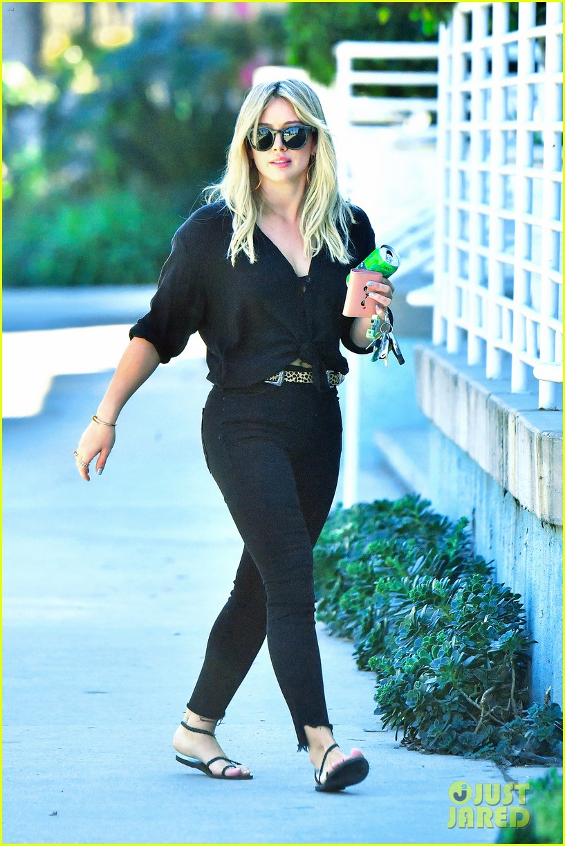hilary duff opens about about lucas fifth birthday 023873111