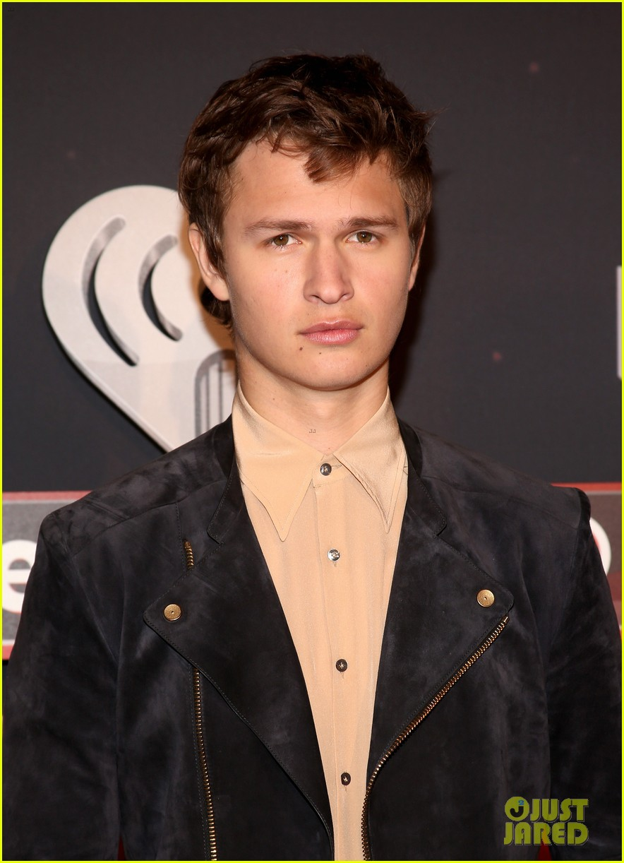 Ansel elgort in carrie