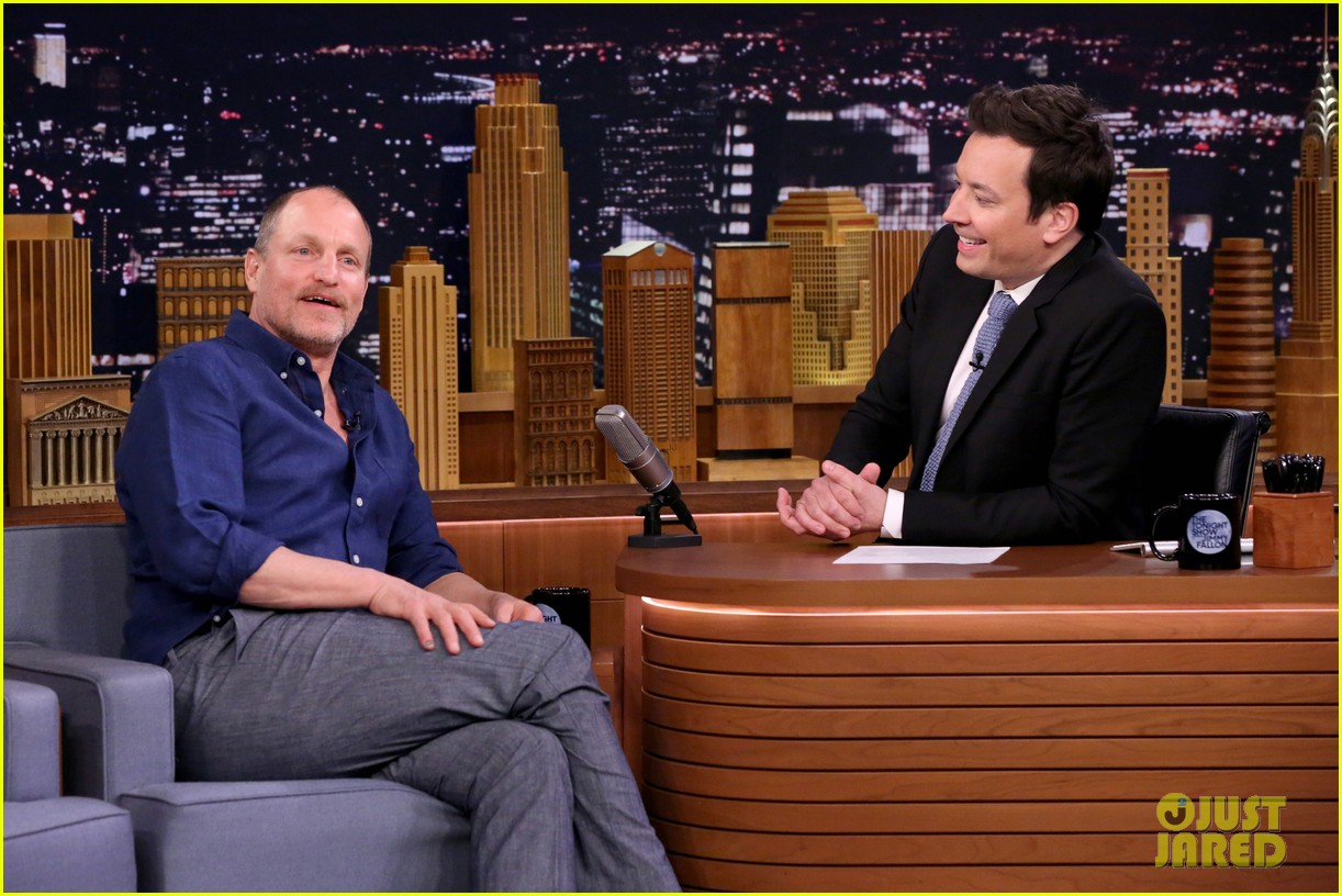 woody harrelson opens up about his star wars han solo movie role 023877582