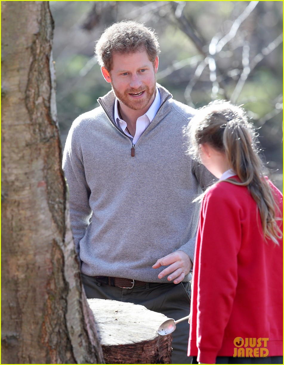 prince harry gets in touch with nature at epping forest 013874274