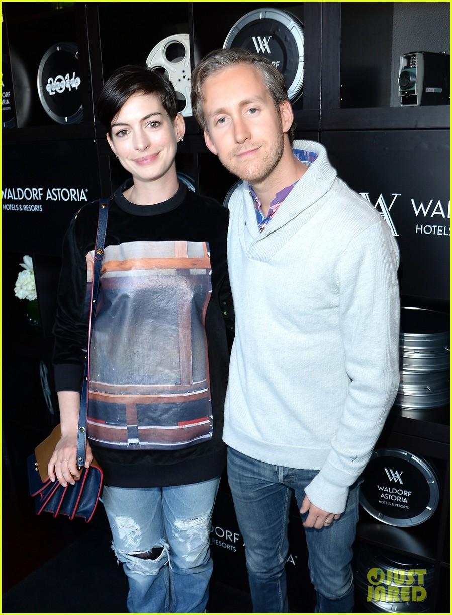Anne Hathaway Shares First Photo Of Son Jonathan Rosebanks