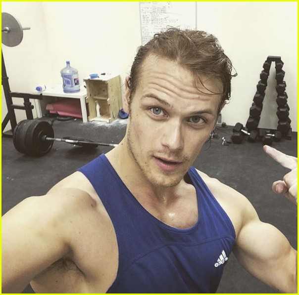 Sam Heughan S Workout Photos Are Too Hot To Handle Photo 3877883 Sam Heughan Shirtless