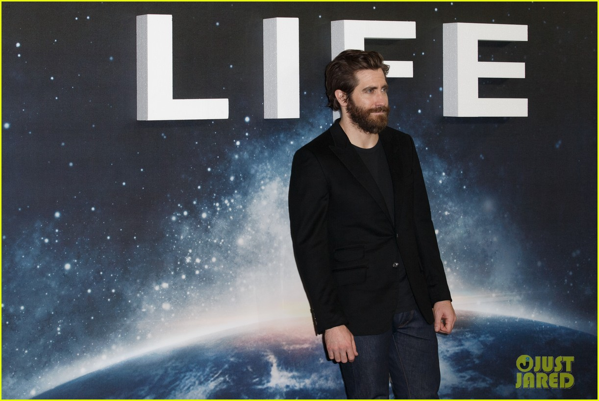 jake gyllenhaal life photo call london 123874662