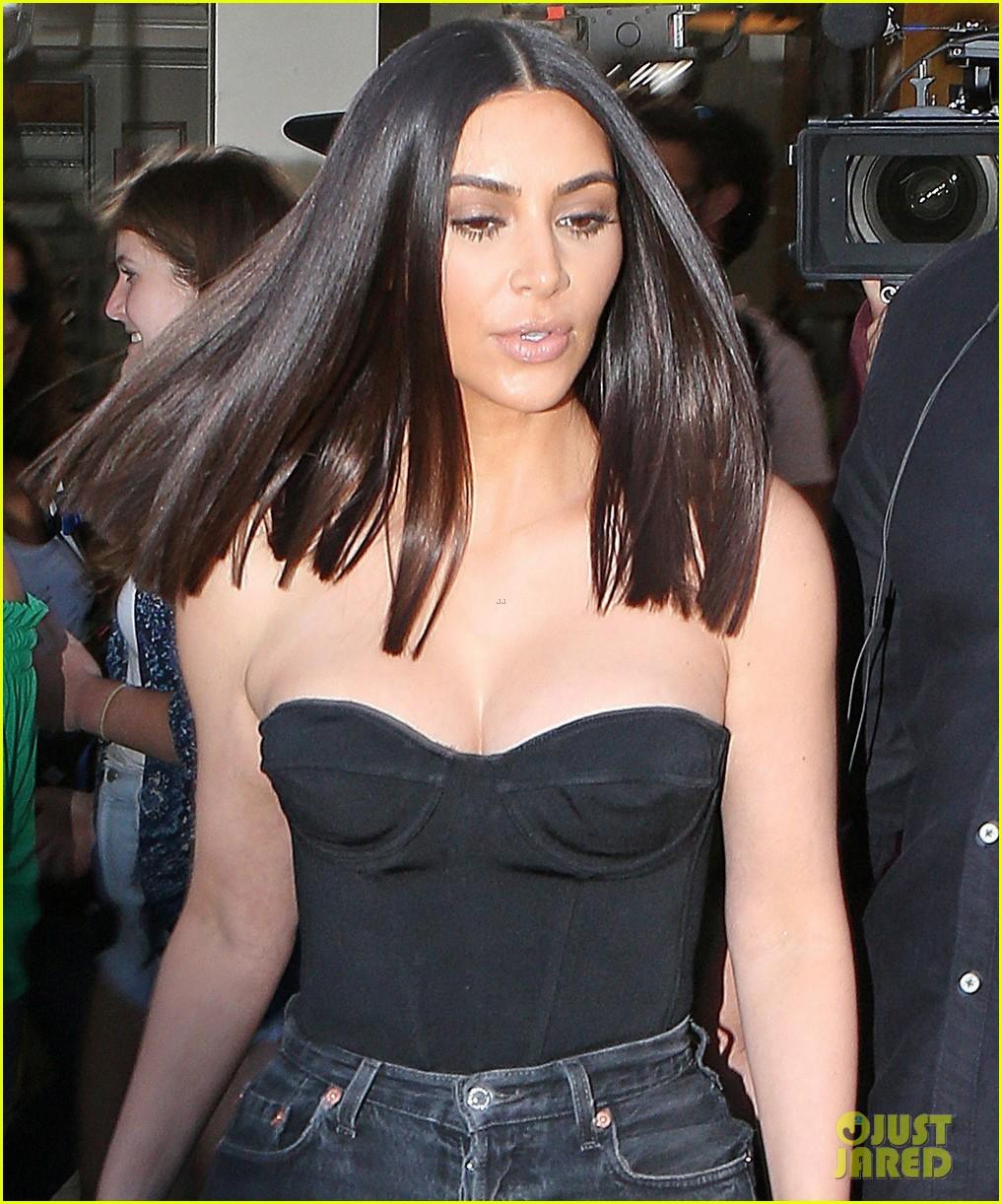 Kim Kardashian Is Getting Her Uterus Repaired Photo 3880448 Kendall Jenner Kim Kardashian Pictures Just Jared