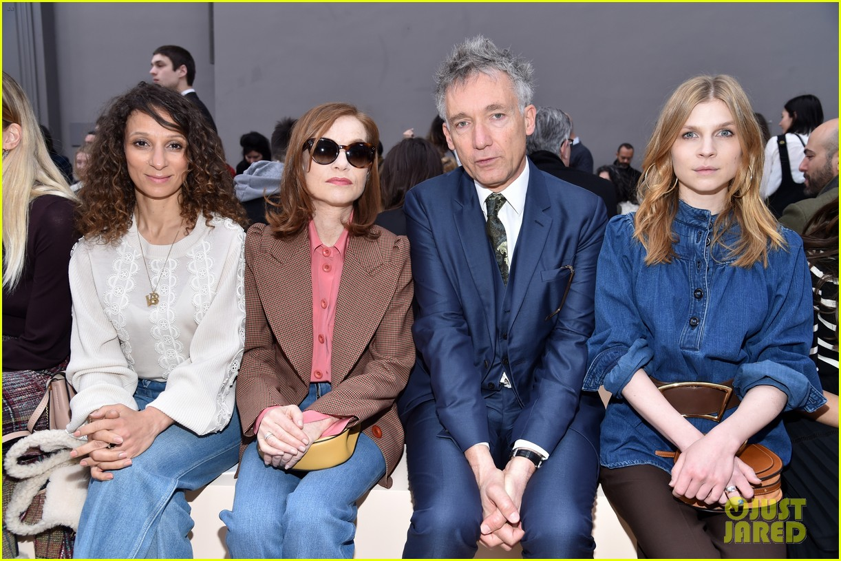 solange knowles isabelle huppert emma roberts step out in style for chloe show 043868914