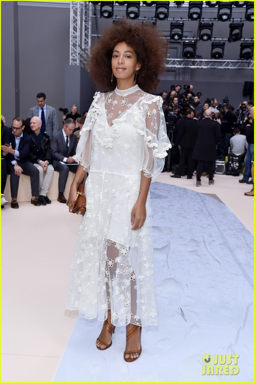 solange knowles isabelle huppert emma roberts step out in style for chloe show 053868915