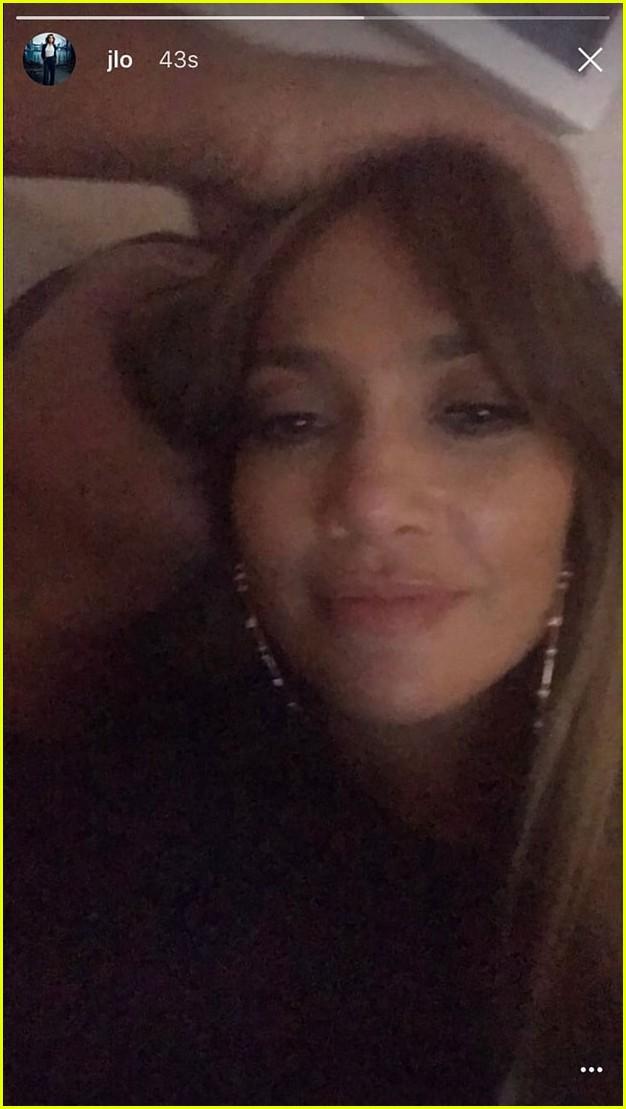 jennifer lopez posts deletes selfie with alex rodriguez3873243