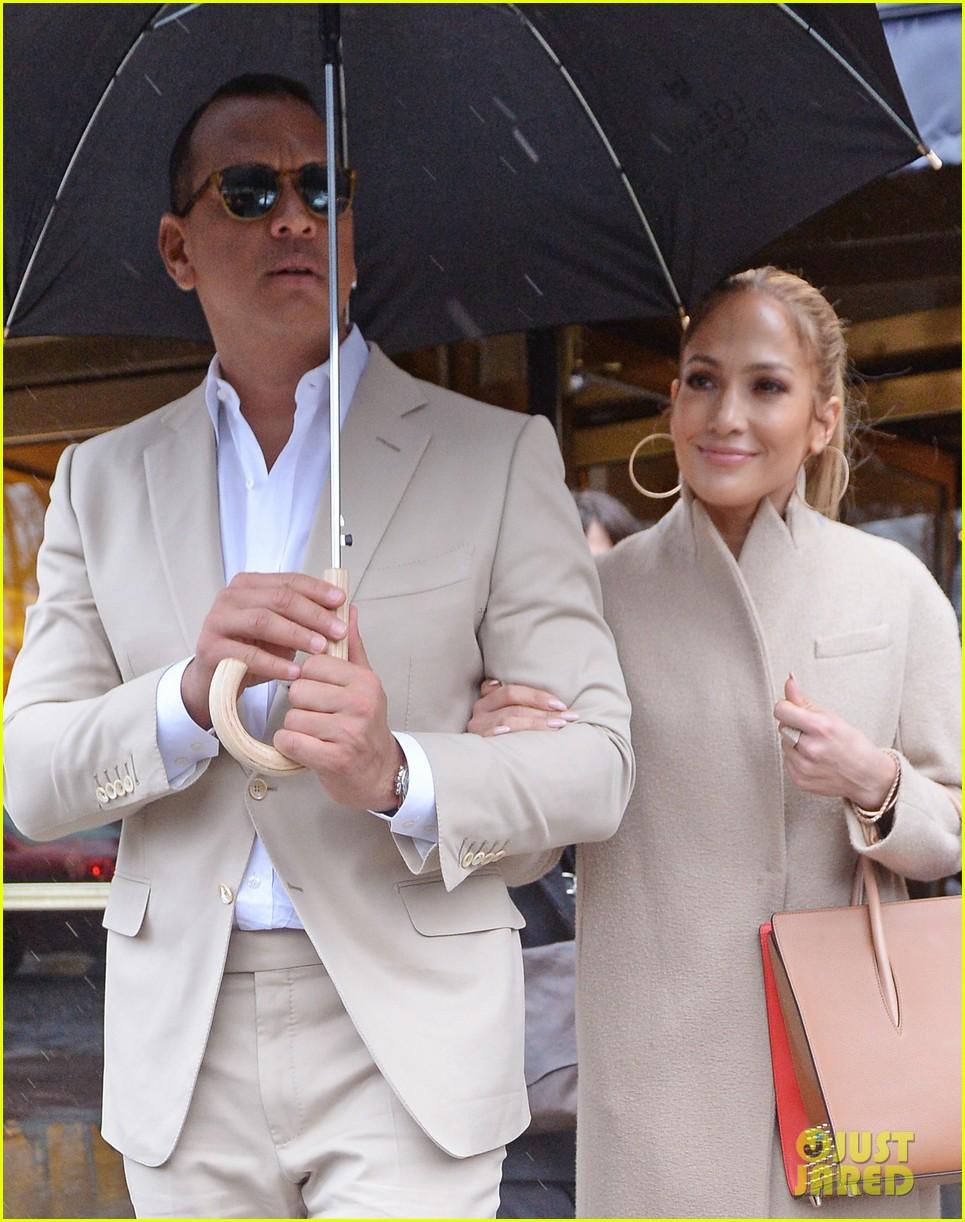 jennifer lopez alex ro... Jennifer Lopez