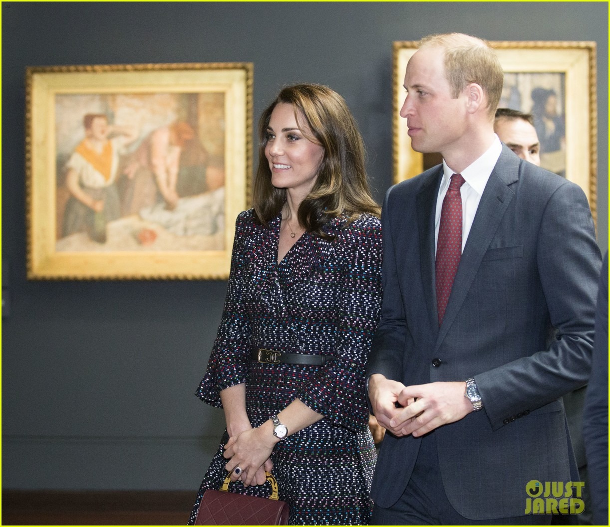 kate middleton prince william join rugby team eiffel tower 203875728