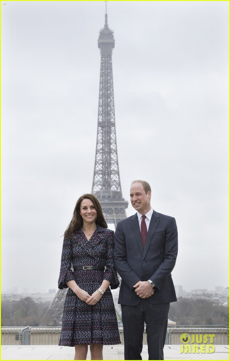 kate middleton prince william join rugby team eiffel tower 253875733
