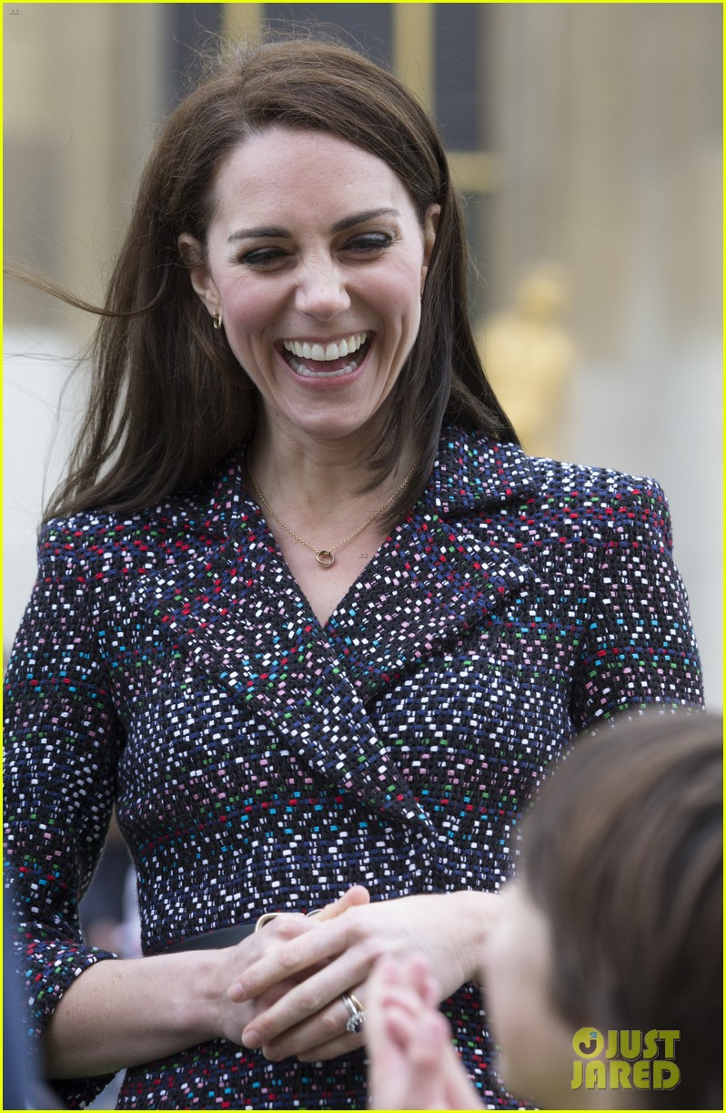 kate middleton prince william join rugby team eiffel tower 293875737