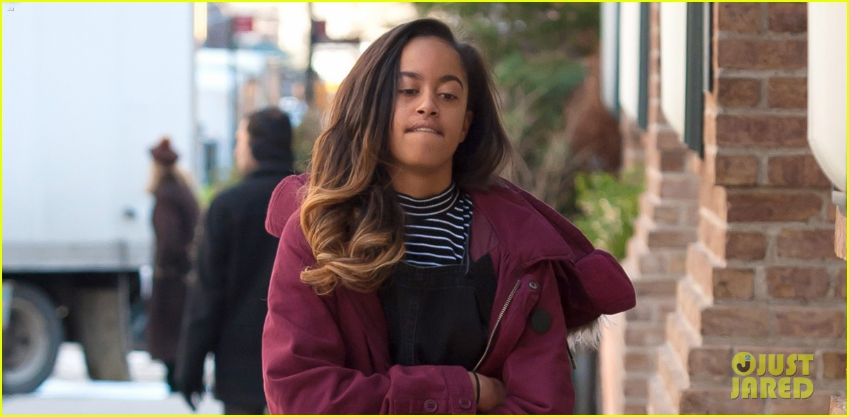 malia obama gets back to work on monday 033876481