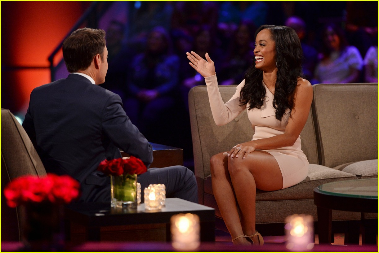 rachel lindsay the bachelorette started live tonight 123873555